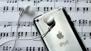 Listening ipod